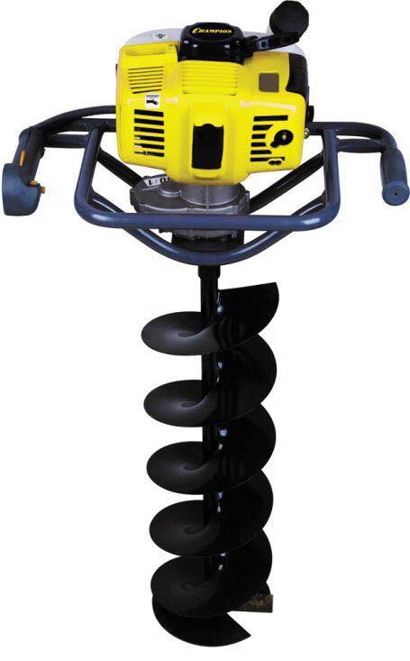 Бензобур Champion AG243 лучший вариант для дачника